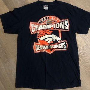 Vintage 1998 Denver Bronco's Tultex T-Shirt